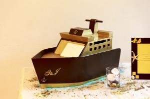 boîte à urne - bateau or et marron